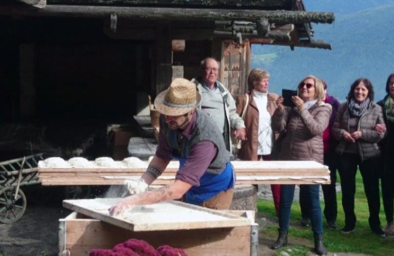 Brot Backen am Berggasthof