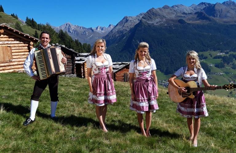 """Geschwister Niederbacher """"Bergeskinder aus Tirol"""""""