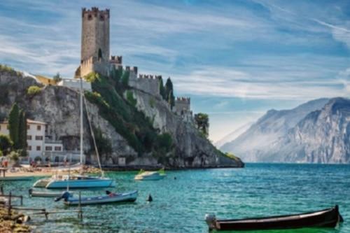 """Dolomiten """"UNESCO Weltnaturerbe"""" und Traumhafter Gardasee"""