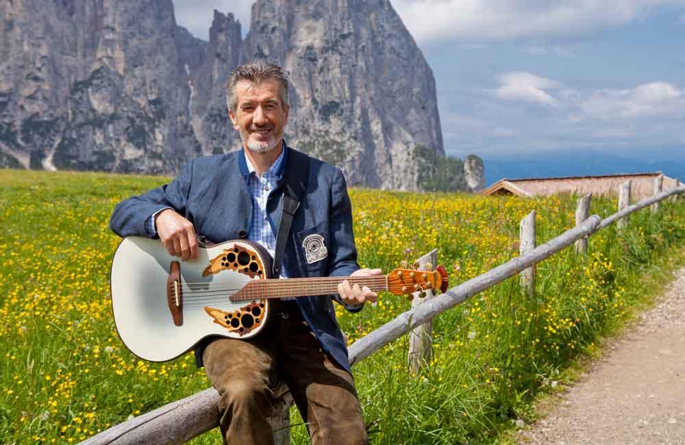 Speckfest in Meransen - Oswald Sattler Gruppenreisen Südtirol Konzerte