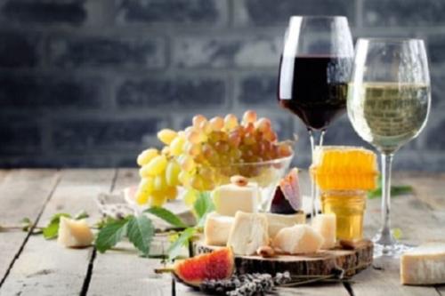 Wein im Schloss  – Kultur & Genuss,  das besondere Erlebnis
