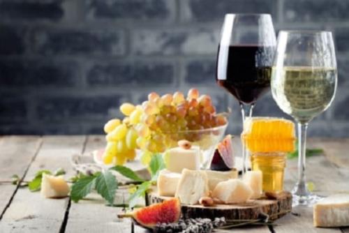 Südtirol, Kulinarische Reise mit Südtiroler Spezialitäten