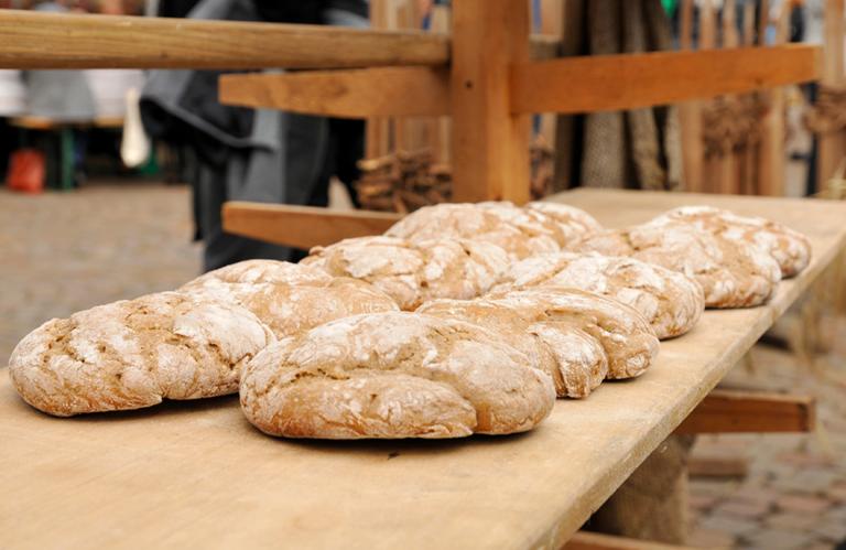 Brot und Strudelmarkt in Brixen