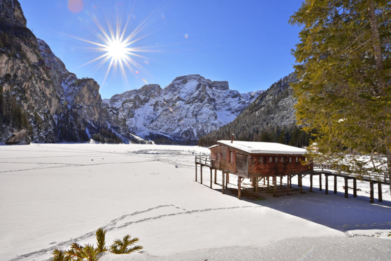pragser-wildsee-winter
